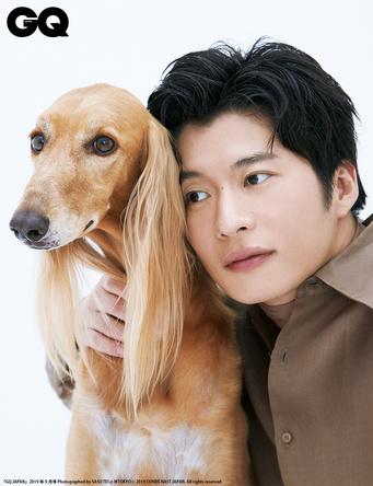 """""""はるたん""""を再演する田中圭が『おっさんずラブ』愛を語る。りゅうちぇる、Matt、是枝裕和らが登場する「家族」大特集"""
