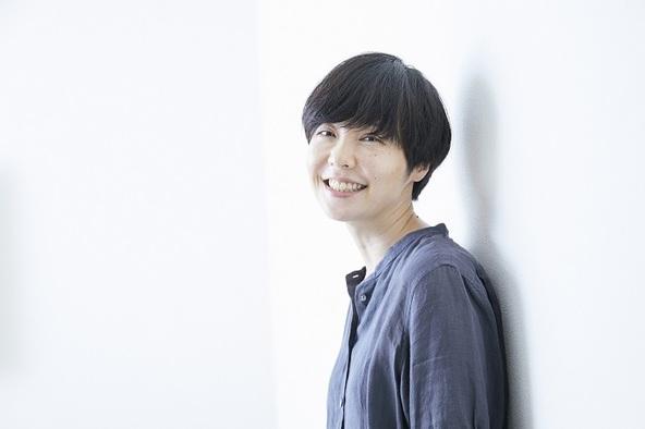 本谷有希子 (c)(撮影:鈴木久美子)