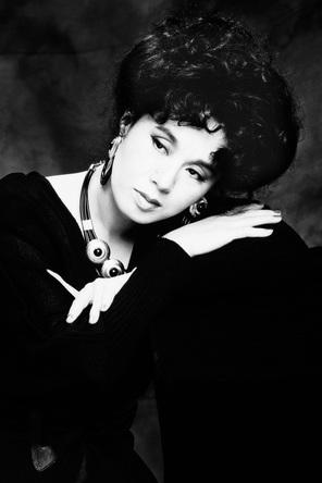 ちあきなおみのコンセプトアルバム『微吟』が異例の1万枚超えのヒット!昭和・平成・令和・・・と愛され続ける歌声の魅力とは? (1)
