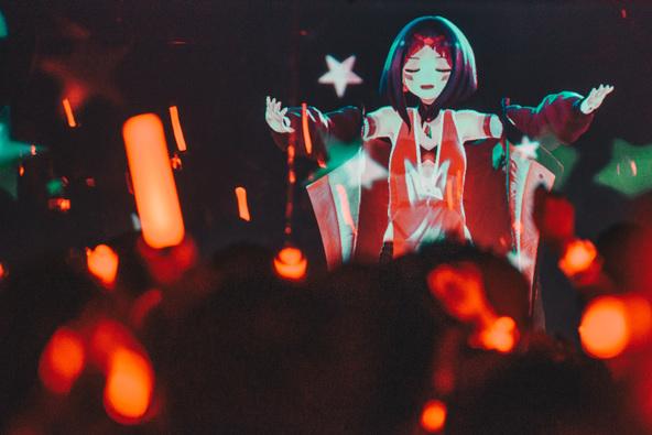 バーチャルシンガー・VTuber「AZKi」2ndライブ『A GOODDAY TO DiE』、所属レーベルイベント『INNK EXHiBiTiON』ソールドアウトで終幕!<オフィシャルライブレポート> (1)