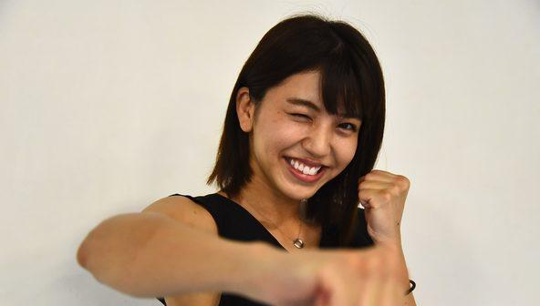 """話題の""""最強美女キックボクサー""""ぱんちゃん璃奈インタビュー公開!キックボクシングを始めたきっかけから、AKB48一期生の最終面接までいった過去の話まで! (1)"""
