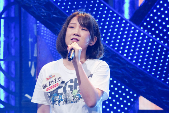 『THEカラオケ★バトル』〈歌うまインターネットサークルNo.1〉谷川まき子 (c)テレビ東京