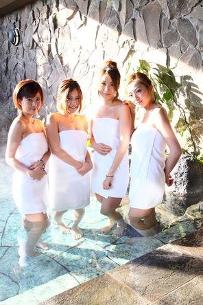 人気女流プロ雀士たちが温泉に!CS初登場「麻雀女子会」MONDO TVで9/23(月)オンエア!