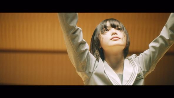 平手友梨奈(欅坂46)「角を曲がる」Music Videoより(6)