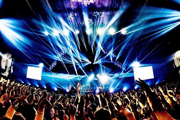 ONE OK ROCK (c) Photo by KAZUSHI HAMANO