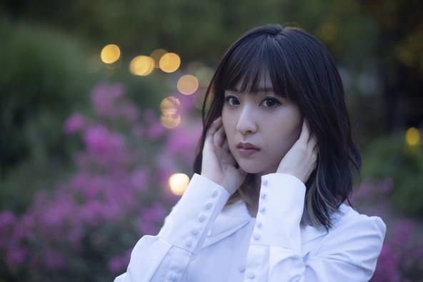 綾野ましろ 3年ぶりのニューアルバムに込めた 「困難な道の先陣を切る」決意と思い (c)撮影:岩間辰徳
