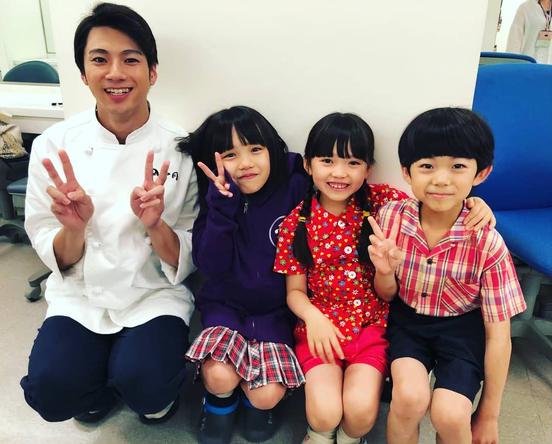 山田裕貴が公開した『なつぞら』子役とのほのぼの4ショット