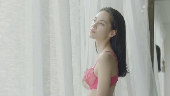 明日は水原希子さんの誕生日!誕生日前日の10月14日(月)に新動画『KIKO MEETS RIBBONBRA』篇、サプライズ映像『KIKO'S 29thBirthday』同時公開