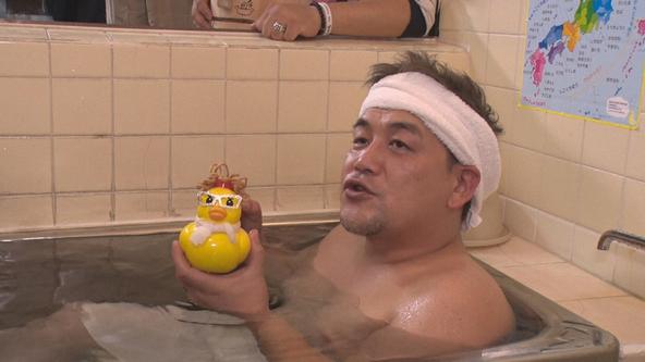 『サンドのお風呂いただきます』富澤たけし(サンドウィッチマン) (c)NHK