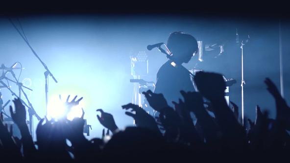 ヒトリエ、最新ライブ映像作品からアートワークにも使用されている「リトルクライベイビー」を公開!