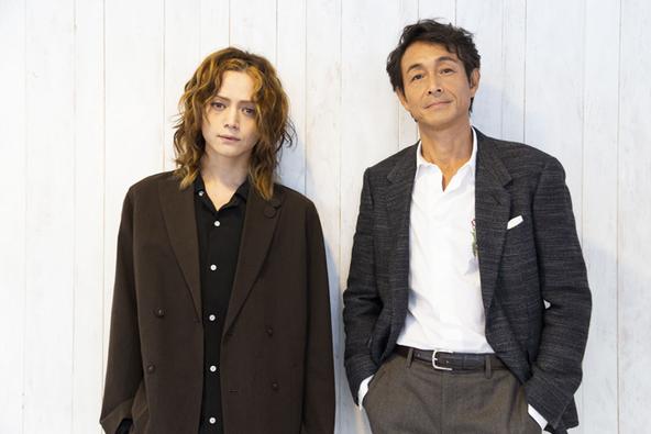 (左から)三浦涼介、吉田栄作 (c)(撮影:池上夢貢)