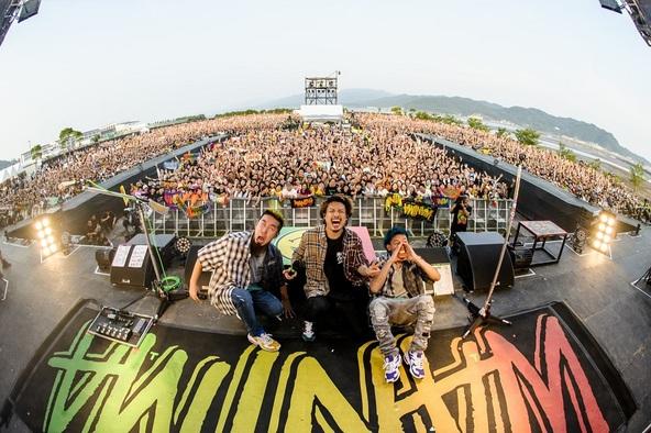 『WANIMA写真展 〜Good Job!! Release Party 天草の乱〜』好評につき開催期間が延長決定!