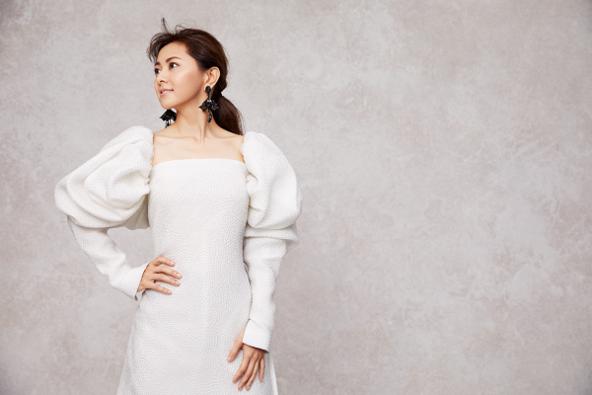 倉木麻衣、初のドレス姿に「大人になったなぁ……」とぽつり!デビュー20周年を迎え、結婚願望にも変化が?