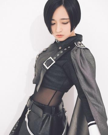 悠木碧、2020年1月15日にNEW SINGLE「Unbreakable」をリリースする悠木碧の新アーティスト写真が公開! (1)