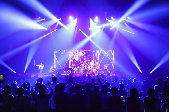 初上陸で大反響! 日本人の心を掴んだSYMPHONIACS「踊って騒ぐクラシック」の夜 (C)️2019 Aki Ishii