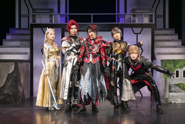 舞台『DARKNESS HEELS~THE LIVE~SHINKA』いよいよ開幕! (1)  (C)円谷プロ(C)DHL製作委員会Photo by GEKKO