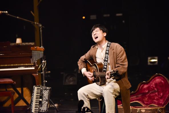 森山直太朗が大阪にて無料招待のライブを開催!65倍の倍率となったプレミアチケットを手にした観客を前に13曲を披露