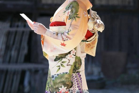 「きものベストドレッサー2019」に眞子内親王殿下、小栗旬さん。 (1)