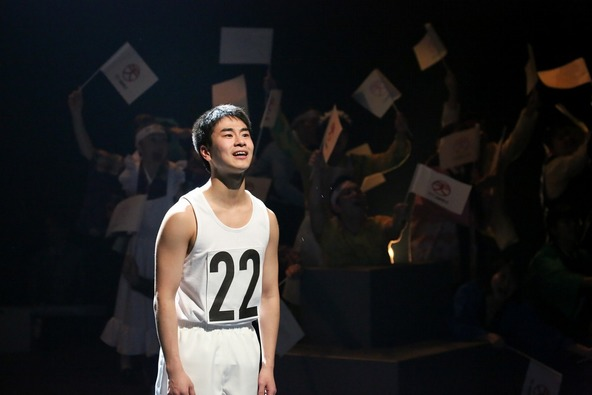 『NIPPON・CHA!CHA!CHA!』演劇版舞台写真 (c)撮影:宮川舞子