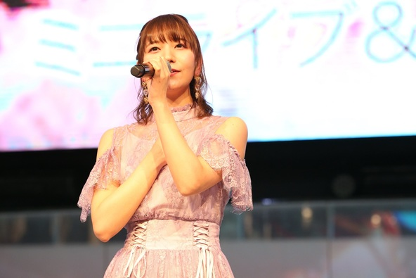 声優・和氣あず未がアーティストデビュー当日に池袋サンシャインシティ噴水広場にてイベントを開催! (1)