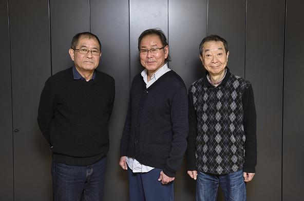 (左から)平山秀幸、ベンガル、綾田俊樹