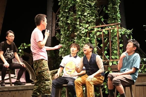 MONO『その鉄塔に男たちはいるという+』兵庫公演より。 (c)[撮影]谷古宇正彦(舞台写真すべて)