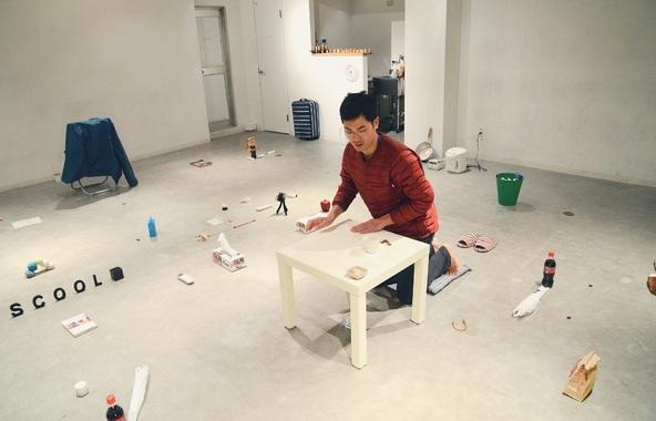 """「あなたの部屋から """"インテリア"""" を一つ会場までお持ち寄りください」 ものと来て、ものと観て、ものと帰る演劇作品『インテリア』が上演 (c)Photo by Harutaka Watanabe"""