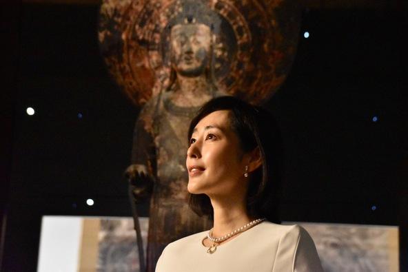 『法隆寺金堂壁画と百済観音』音声ガイドを担当する木村多江