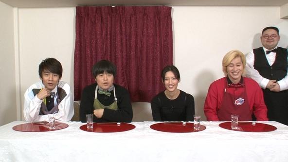 『家事ヤロウ!!!』菜々緒、中丸雄一(KAT-TUN)、バカリズム、カズレーザー(メイプル超合金) (c)テレビ朝日