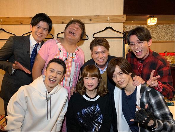 『火曜サプライズ』火曜サプライズファミリー大集合!レギュラーメンバーと大所帯アポなし旅 (c)NTV