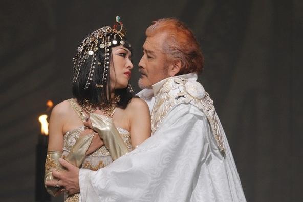 『アントニーとクレオパトラ』 (c) 撮影:清田征剛