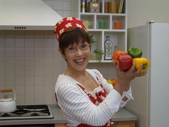 21年ぶりに復刊!平野レミ×和田誠夫婦共作のレシピ本『新版 平野レミの作って幸せ・食べて幸せ』発売