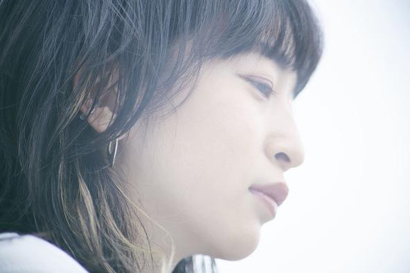 ヒグチアイ初となるベストアルバムに気鋭音楽ライターからのレコメンドが到着。6/28(日)YouTubeLiveで弾き語りワンマン無料生配信決定! (1)