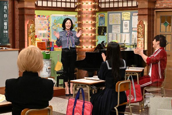 『しくじり先生 俺みたいになるな!!』歌手になりたくないのに歌手になっちゃった先生 広瀬香美 (c)テレビ朝日