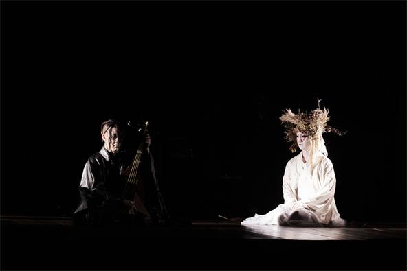 「中村壱太郎×尾上右近 ART歌舞伎」(左)尾上右近、(右)中村壱太郎