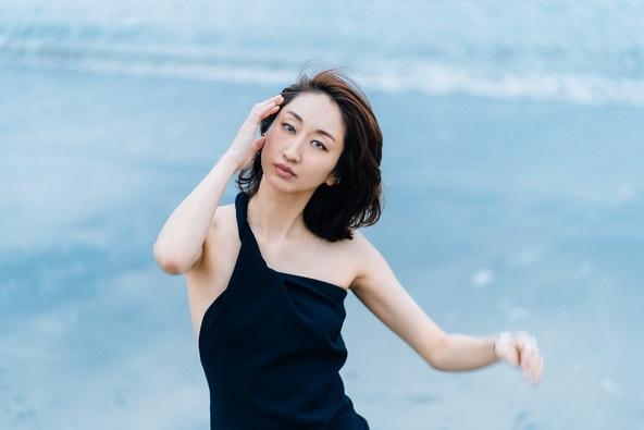 Ms.OOJA PHOTOBOOKより