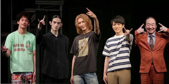 (左から)吉田健悟、栗原類、藤井流星、神山智洋、中村梅雀 (c)撮影:阿久津知宏