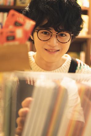 映画賞新人賞を総ナメ、「MIU404」での好演も話題!俳優・鈴鹿央士のカレンダーブック発売決定「僕が1番ワクワクしている」