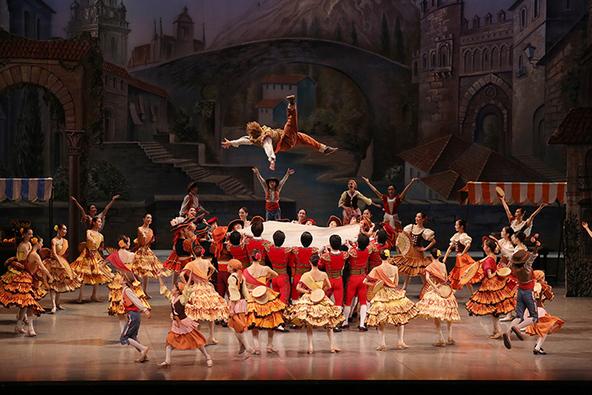 東京バレエ団人気のプロダクション『ドン・キホーテ』が満を持して上演、弾けるエネルギーに期待 (c)photo:Kiyonori Hasegawa