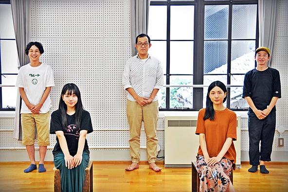 (左から)諸岡航平、藤谷理子、上田誠、早織、永野宗典。 (c)[撮影]吉永美和子(人物すべて)