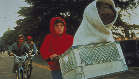 『E.T.』場面(5) (c)1982 Universal City Studios,Inc. All Rights Reserved.
