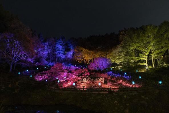 髙橋匡太《Glow with Night Garden Project in Rokko 提灯行列ランドスケープ》 六甲ミーツ・アート 芸術散歩 2019 開催時の様子
