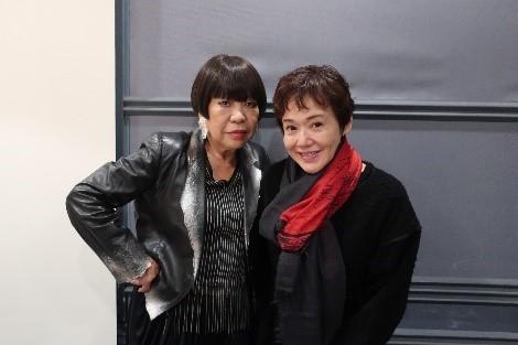 大竹しのぶとコシノジュンコが初対談!幼少期、オーディション、エディット・ピアフ、舞台「女の一生」、そして、家族のことまで 語り合います。 (1)