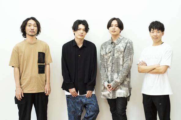 (左から)伊藤栄之進、 崎山つばさ、荒木宏文、加古臨王
