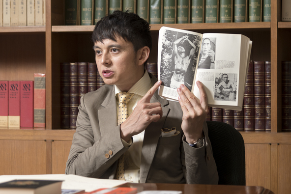 """ハリー杉山さんが語る父と""""敵国の友人""""三島由紀夫の交流。「yom yom」12月号にロングインタビューが掲載 (1)"""
