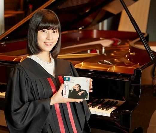 『ベスト・クラシック100極』イメージ・キャラクター鈴木光(撮影:角田修一)