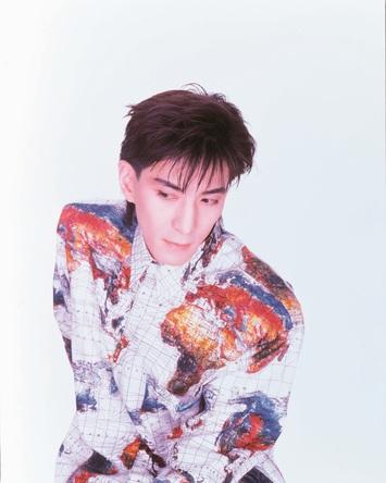 小室哲哉、超人的活躍の原点であるソロデビューアルバム特別編集版リリース決定!!最新インタビューも敢行、このリリースが復活の序章となるか!?