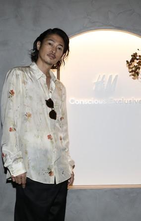H&M、廃棄物から作られたコレクションのお披露目会に、窪塚洋介、滝沢眞規子、MEGUMI、朝比奈彩らが登場。