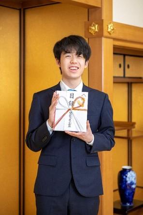 藤井聡太二冠が2020年ナンバー1アスリートに! 第39回「Number MVP賞」を、棋士として初受賞 (1)