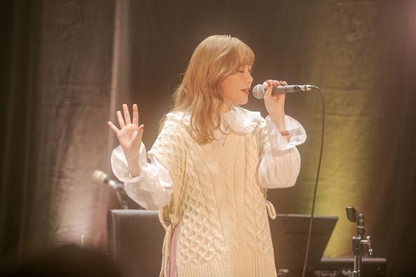 シンガーソングライターMACO新曲『LOVE MYSELF』リリース記念!年内最後の配信ライブ「Endless Love Tour ~Whitewinter Night~」でライブ納め! (1)